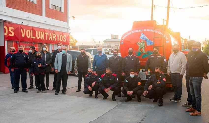 Bomberos Voluntarios de San Pedro presentó una nueva unidad