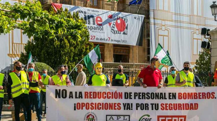"""Bomberos denuncian """"presiones"""" por parte del Ayuntamiento"""