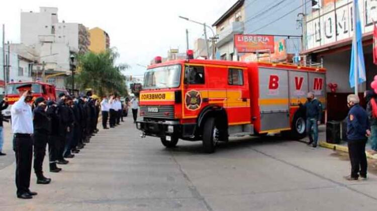 Los Bomberos de Tapiales recibieron un nuevo autobomba