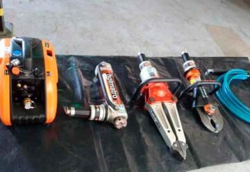 Bomberos de Frontera recibió herramientas para rescate