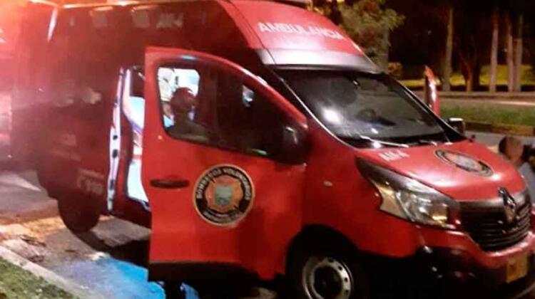 Cali: Les robaron una ambulancia a los Bomberos