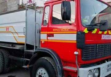 Bomberos de Pedregal obtienen vehículos y equipos