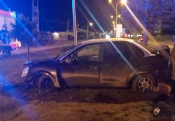 Sujeto agredió a Bomberos en medio de procedimiento de rescate vehicular