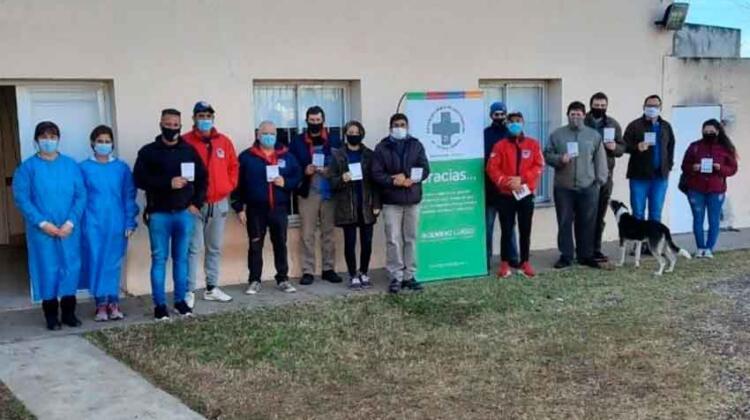 Vacunaron a todos los Bomberos Voluntarios de Ingeniero Luiggi