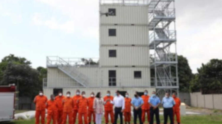 Inauguran torre de entrenamiento en Central de Bomberos