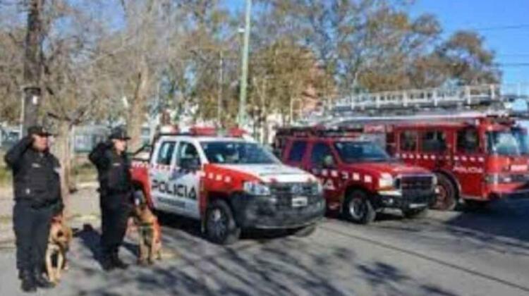 Hay 50 vacantes para ser bombero de la policía del Neuquén
