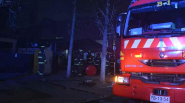 Domicilio de cuartelero de Bomberos fue víctima de incendio