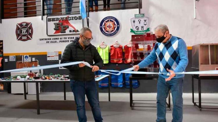 """Inauguración del """"Centro de Entrenamiento"""" de Servicios FF SRL"""