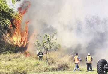 Emergencia: Bomberos operan con equipos viejos