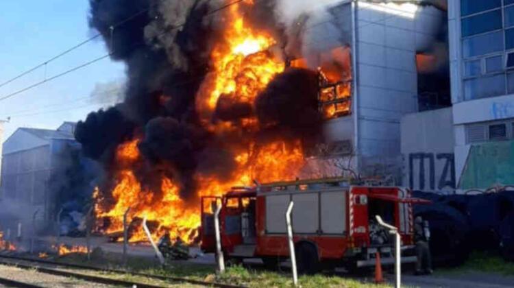 Se incendió la planta de la cervecería Quilmes