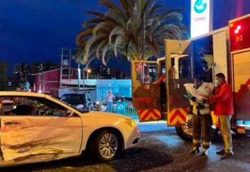 Atacan verbalmente a bombero mientras asistía a afectados por accidente