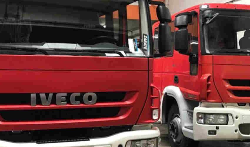 Bomberos de San Miguel recibieron dos camiones nuevos