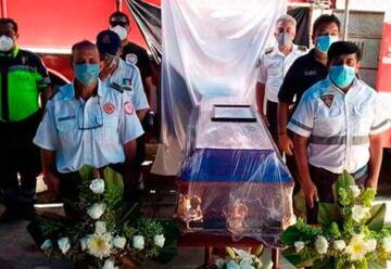 Le dan último adiós a comandante de Bomberos Metropolitanos