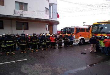 Región de los Lagos recibió 23 nuevos carros para bomberos de tres provincias