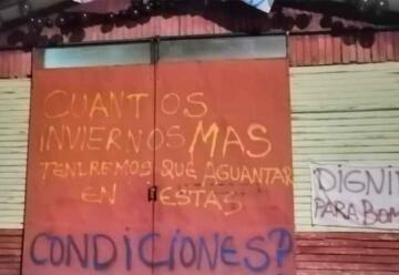 Bomberos de Lonquimay protestan por mejores condiciones de infraestructura