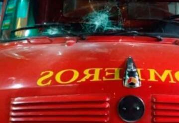 Atacaron a los bomberos cuando concurrían a combatir un incendio