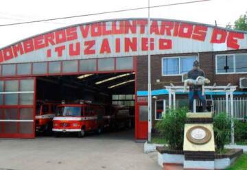 Bomberos de Ituzaingó salvan a un bebe en plena madrugada