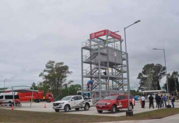 Se inauguró centro de entrenamiento de bomberos voluntarios